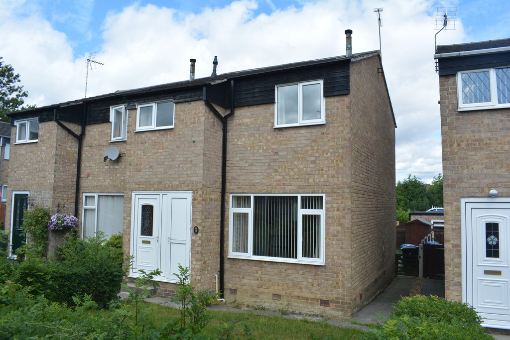Three Bedroom Semi Detached House for sale in Chapeltown, Sheffield, S3