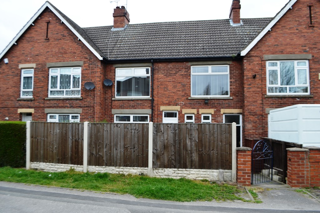 Four Bed Terraced House for sale in Rawmarsh, Rotherham, S6