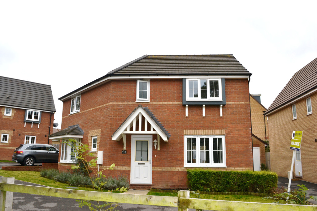 Double Fronted Detached House for sale in Thurcroft, Rotherham, S6