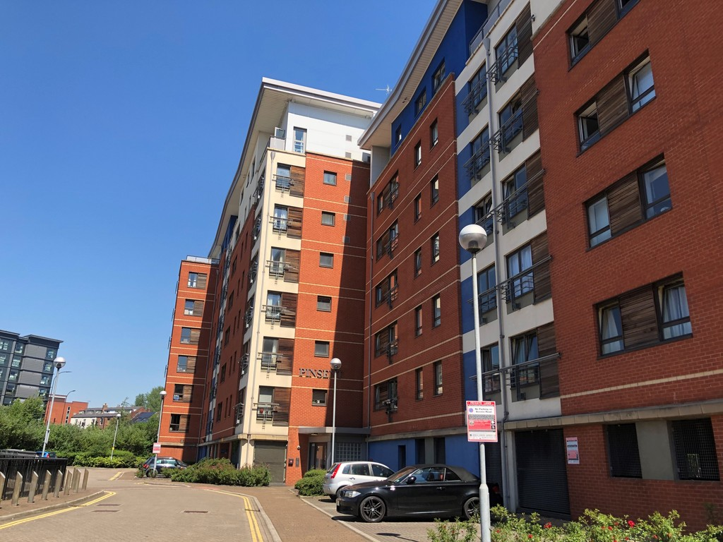 Three bedroom Apartment for rent in Riverside Exchange, Sheffield, S3