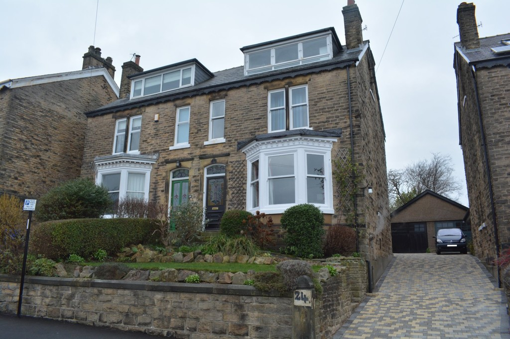 Substantial Four Bedroom Residence  for sale in Broomhill, Sheffield, S1
