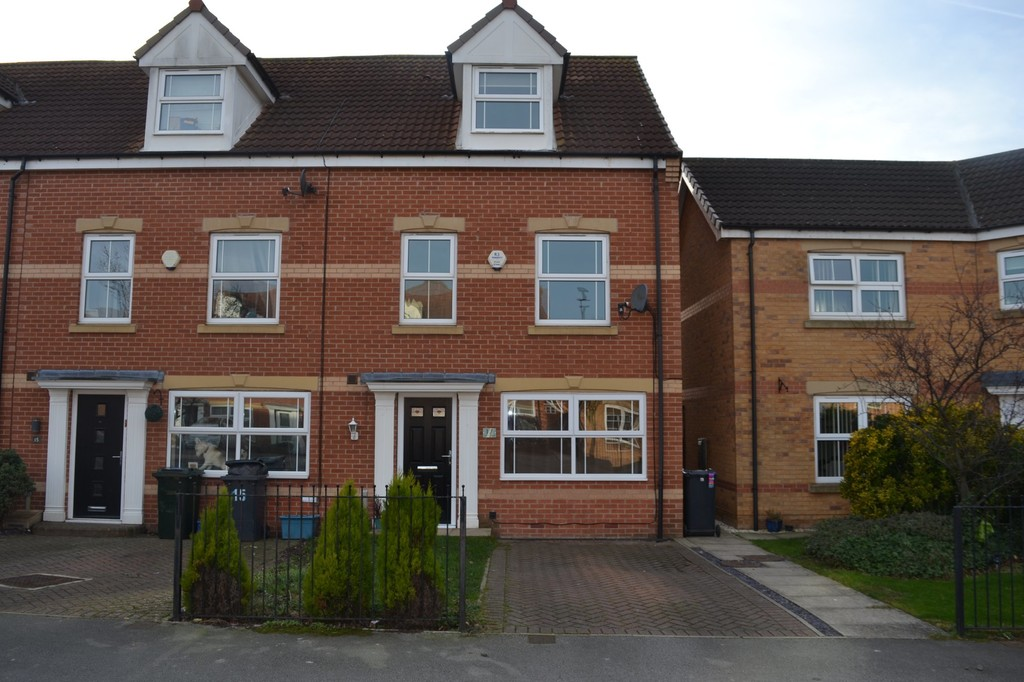 Four Bedroom End Town House for sale in Woodlaithes Village, Rotherham, S6