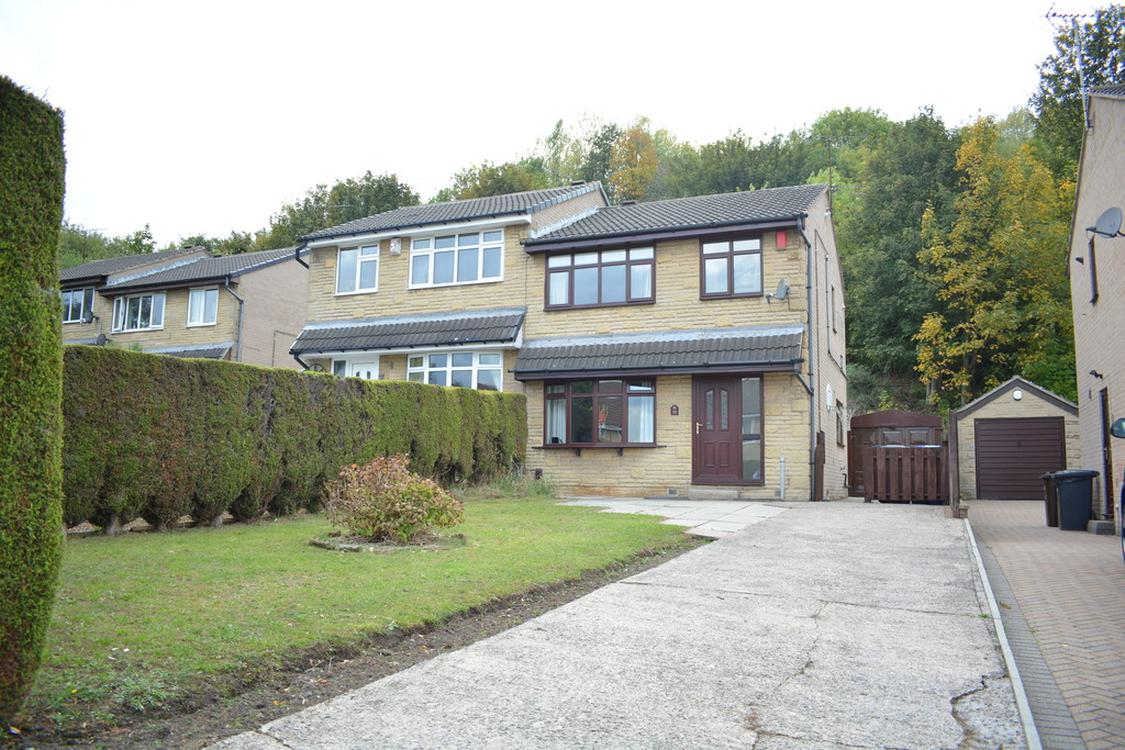 Three Bedroom Semi  for sale in , Sheffield, S9