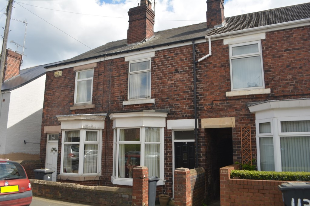 Two Bedroom Bay Windowed Terrace for sale in , Rotherham, S6