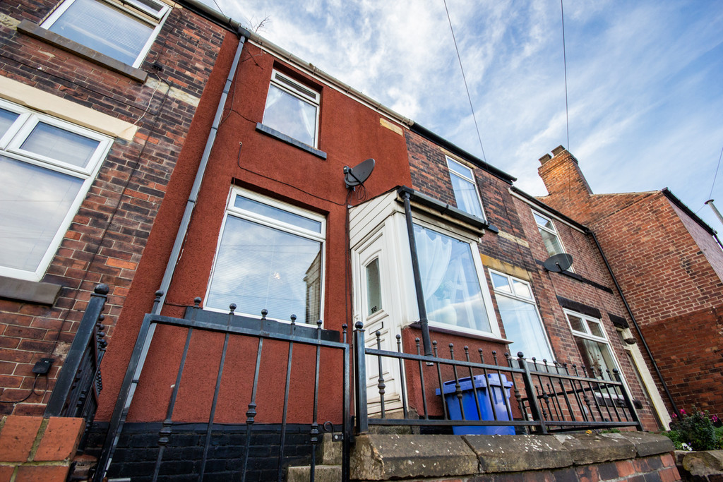 Two Bed Terrace for sale in , Sheffield, S9
