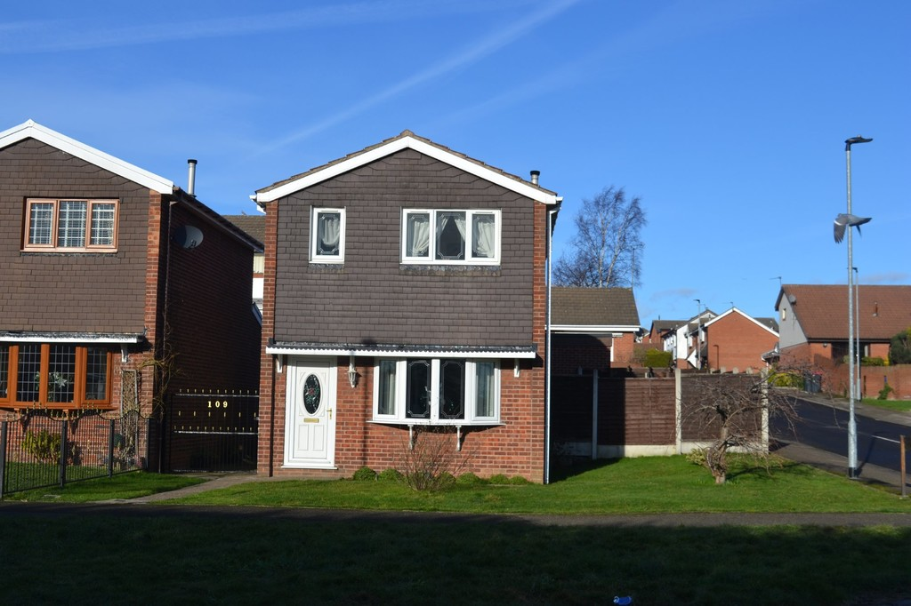 Three Bedroom Detached for sale in Bramley, Rotherham, S6