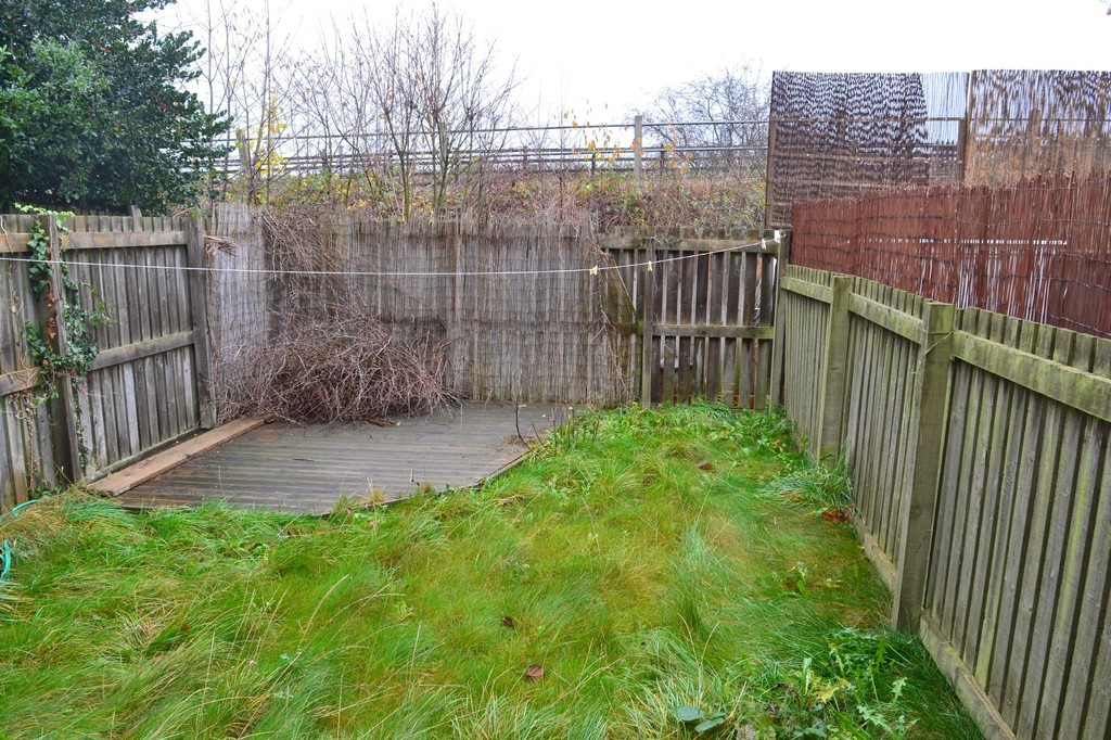 Three Bedroom End Town House for sale in , Retford, DN