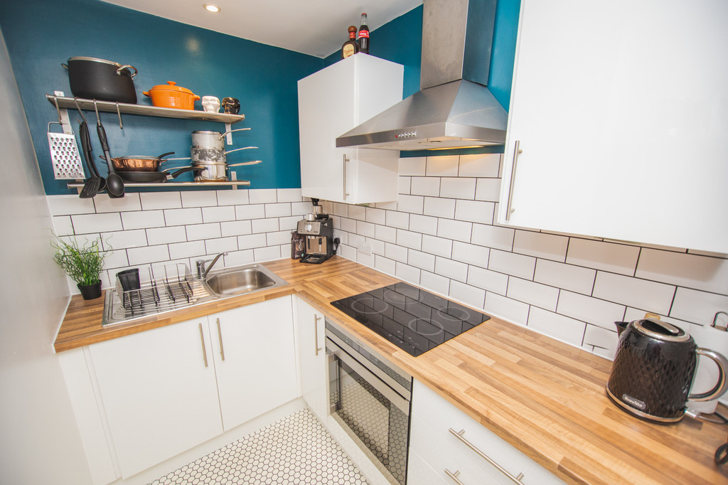 Fifth Floor Apartment for sale in Hillsborough, Sheffield, S6