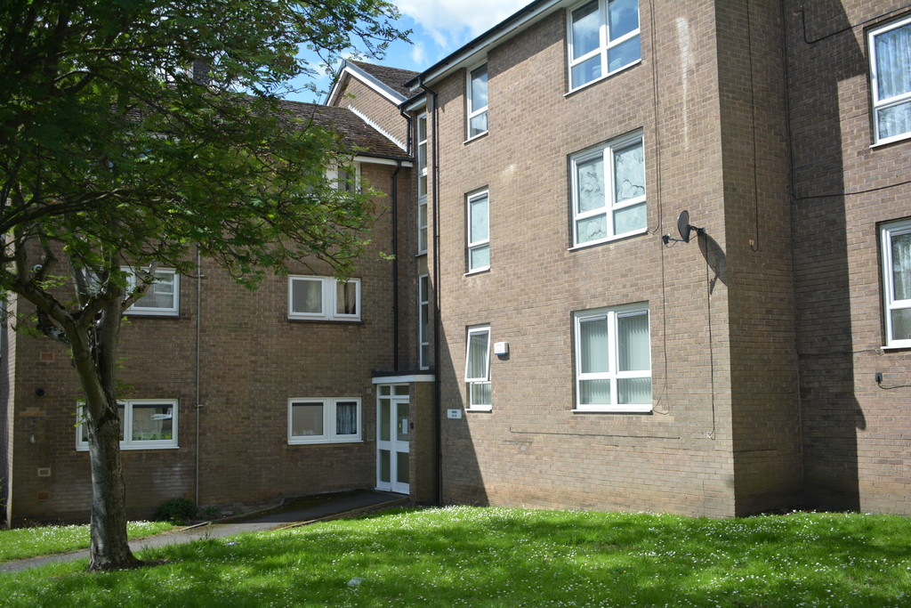 Two Bed Flat for sale in , Sheffield, S1