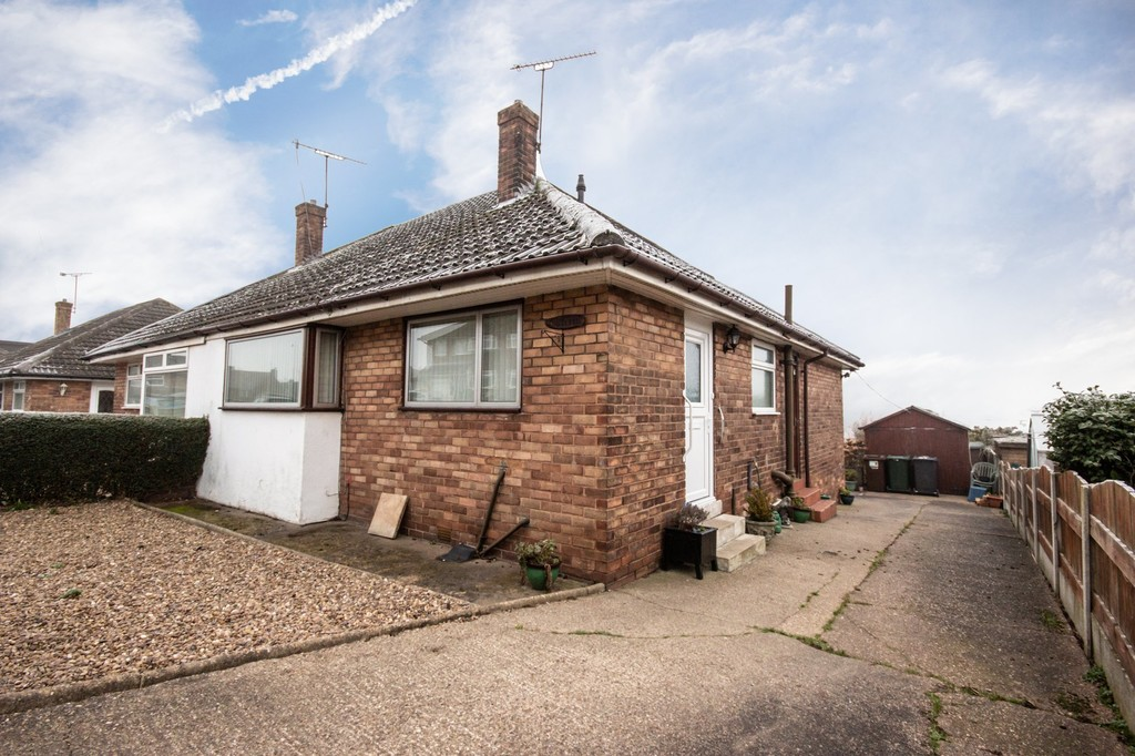 Two Double Bedroom Bungalow for sale in Whiston, Rotherham, S6