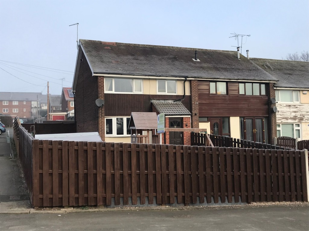 Three Bed End Town House for sale in , Rotherham, S6