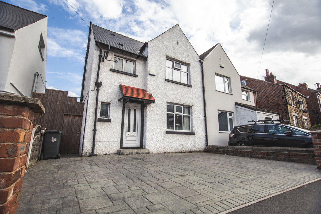 Three/Four Bedrooms for sale in High Green, Sheffield, S3