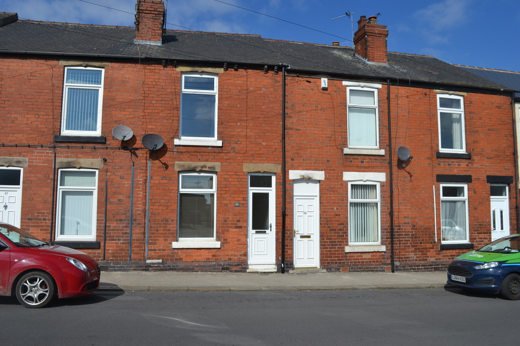 2 Bedroom mid terrace for sale in Bramley, Rotherham, S6