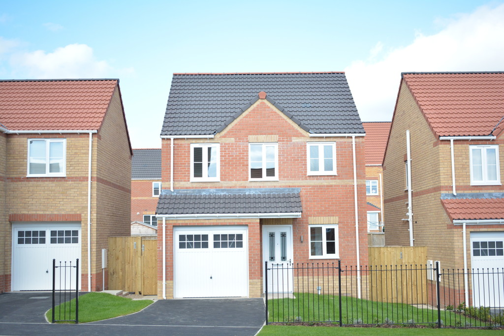 Three Bedroom Detached Home for sale in Goldthorpe, Bella View, S6