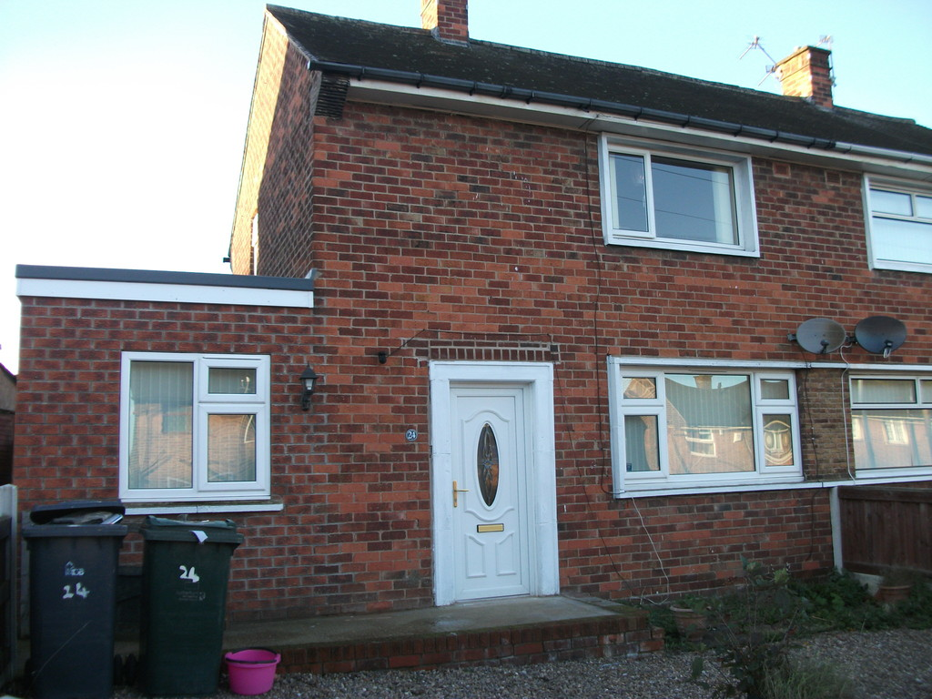 THREE BED SEMI for rent in Kimberworth, Rotherham, S6