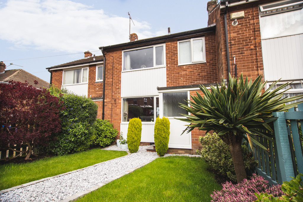 Ideal for First Time Buyer Or Family for sale in Grenoside, Sheffield, S3