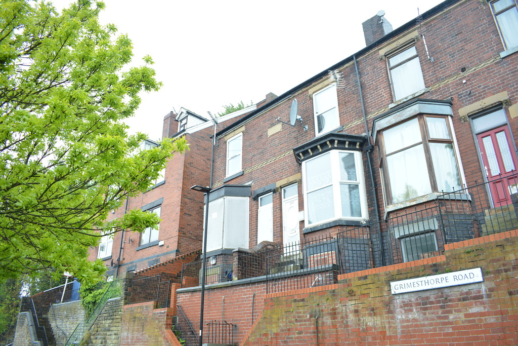 Bay Windowed End Terrace for sale in , Sheffield, S4