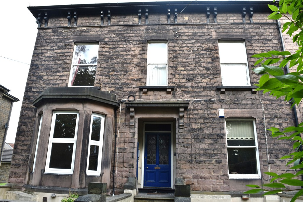 Light and Spacious Ground Floor Apartment for sale in , Rotherham, S6
