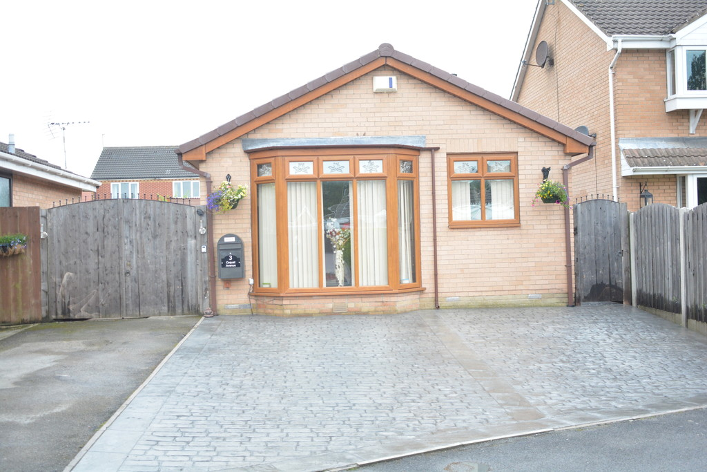 Detached Bungalow for sale in Bramley, Rotherham, S6