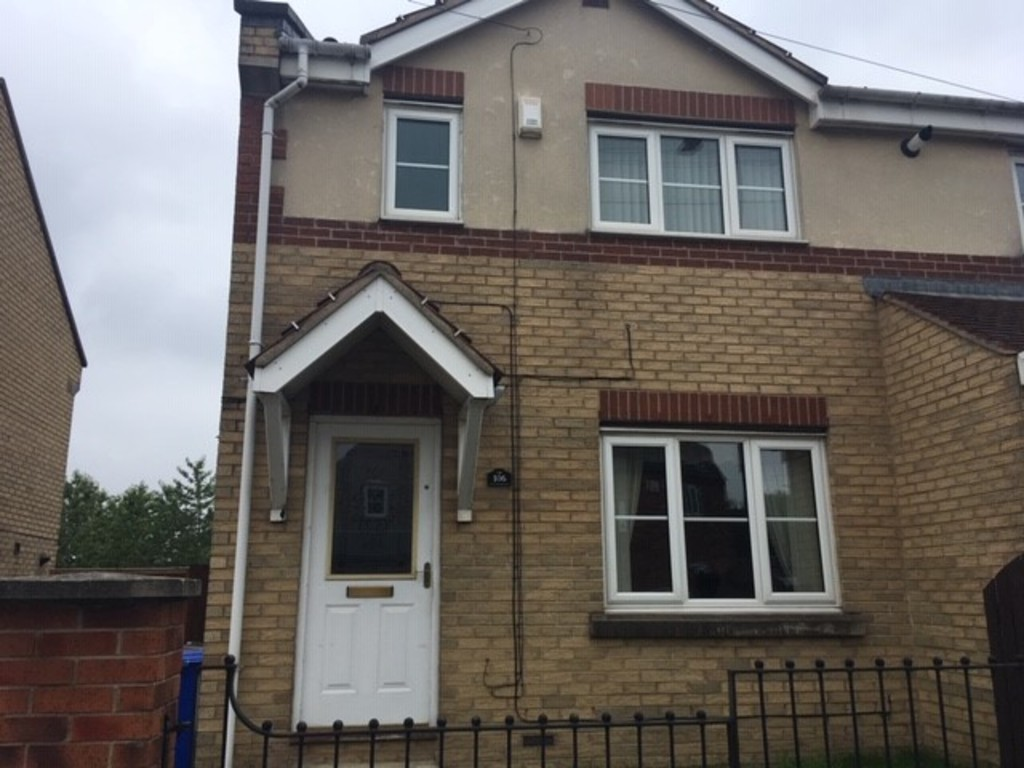 Double glazed windows for rent in , Sheffield, S2