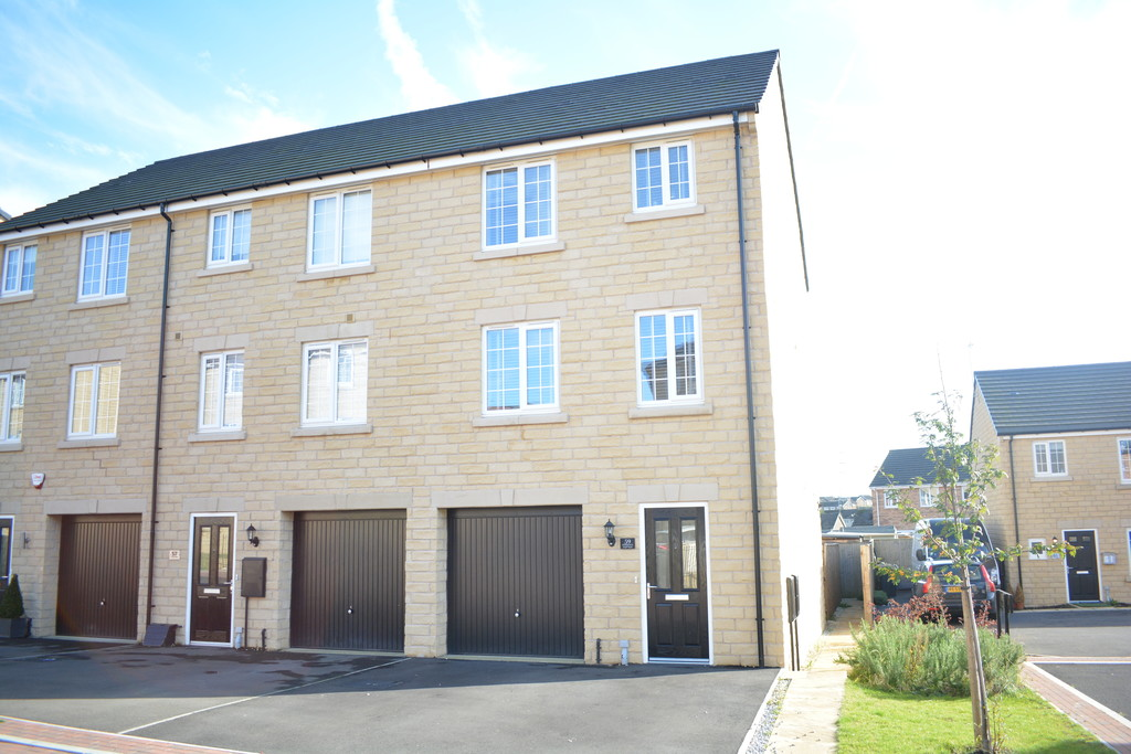 Four Bedrooms for sale in Upper Haugh, Rotherham, S6