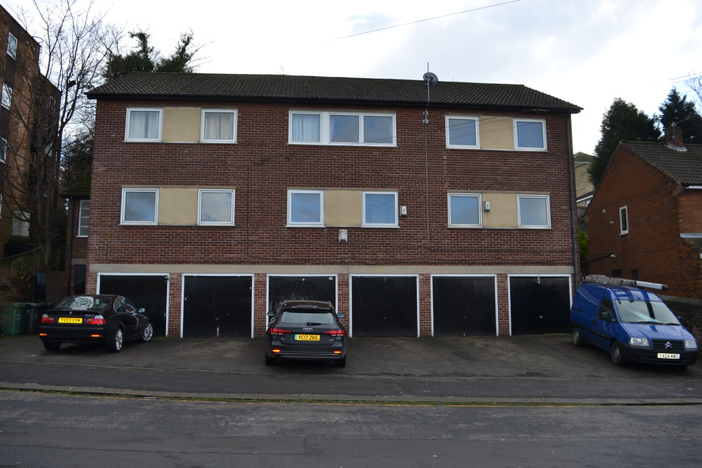 Two Bedroom First Floor Apartment for sale in , Rotherham, S6