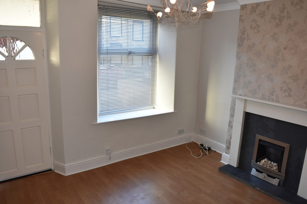 AVAILABLE NOW for rent in Handsworth, Sheffield, S1