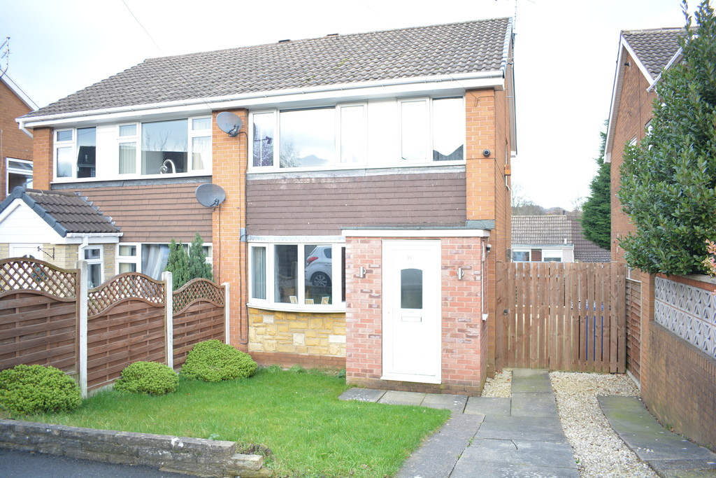 Spacious Semi Detached Home for sale in Chapeltown, Sheffield, S3