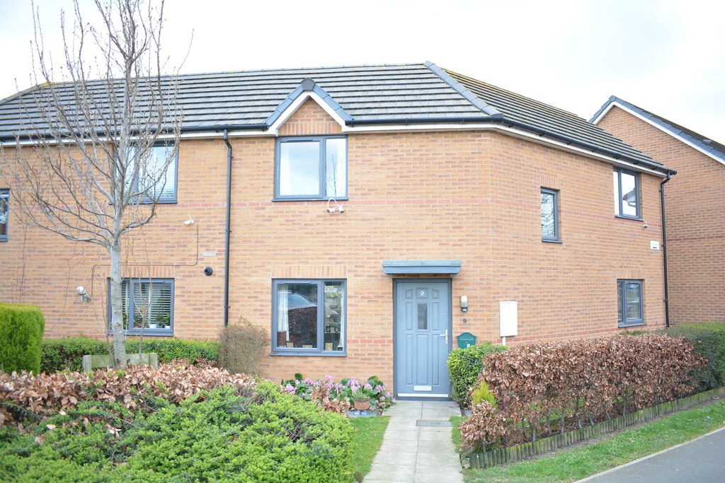 Semi Detached Home for sale in Dinnington, Sheffield, S2