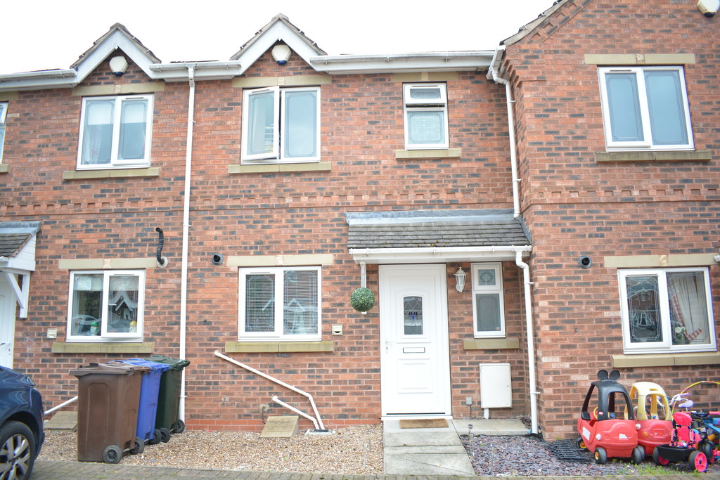 Mid Town House for sale in Thurnscoe, Rotherham, S6