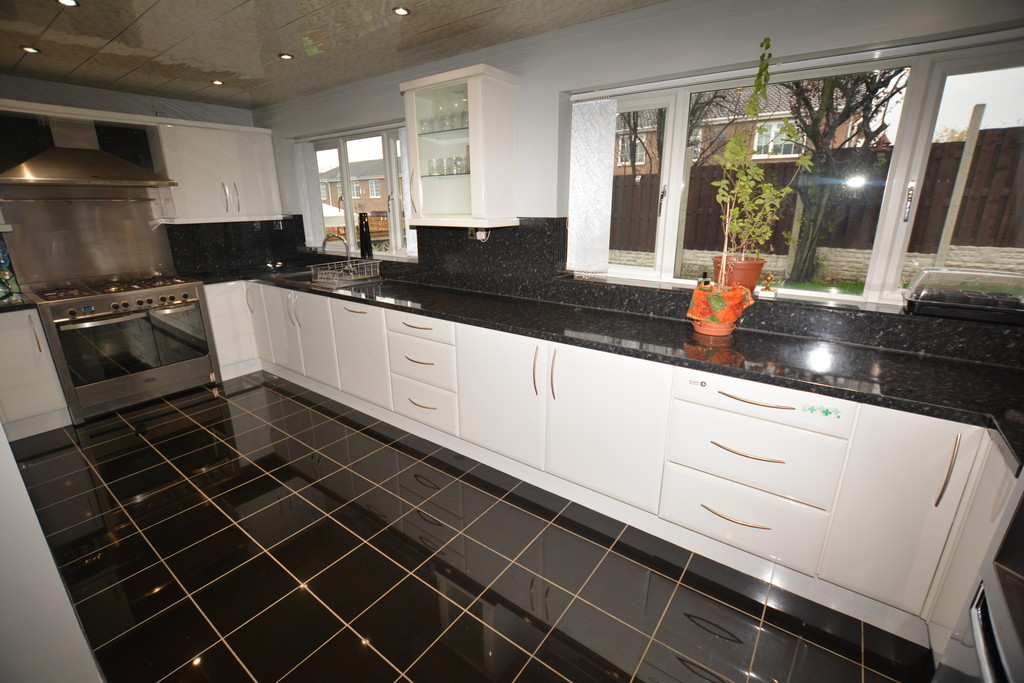 Detached Home for sale in Chapeltown, Sheffield, S3