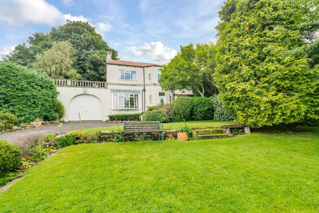 **GUIDE PRICE – £575,000 – £595,000** for sale in Ulley, Sheffield, S2
