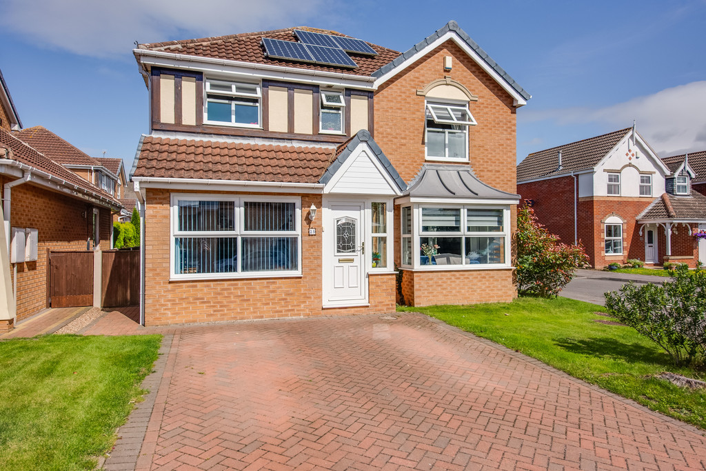 Four Bedroom Detached Family Residence for sale in Bramley, Rotherham, S6