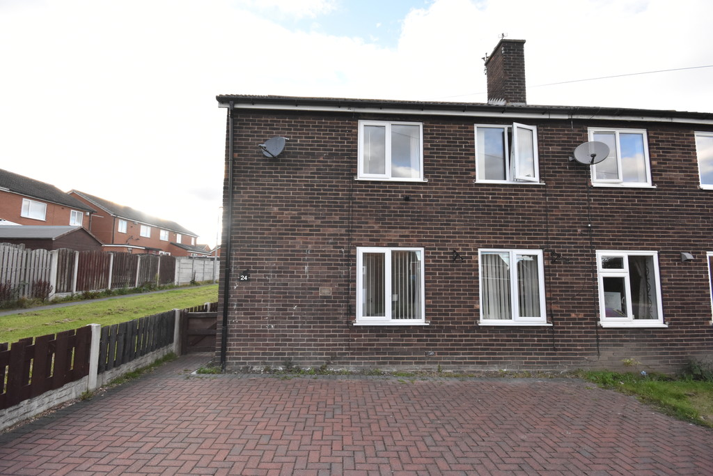 Three Bedroom Semi Detached Home for sale in Flanderwell, Rotherham, S6