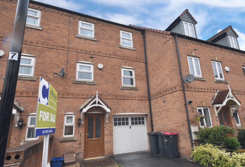 Four Bedroom Town House for sale in Bramley, Rotherham, S6