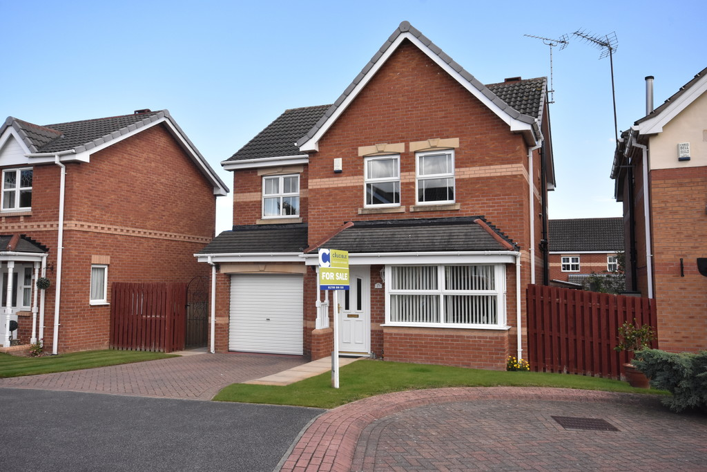 Four Bedroom Detached Home for sale in Thurcroft, Rotherham, S6