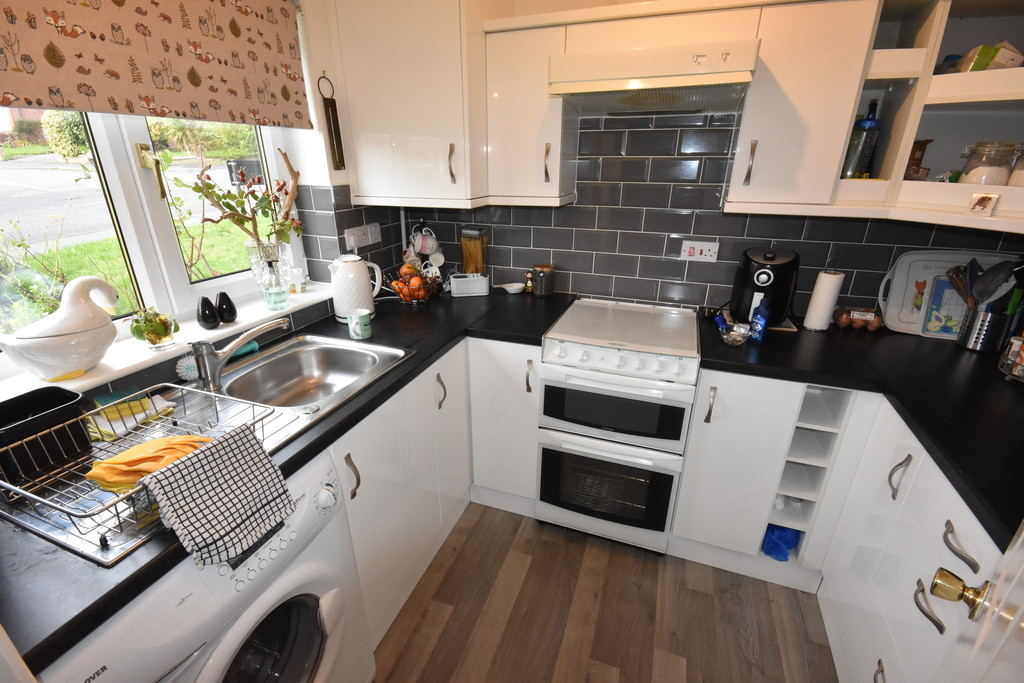 One Bedroom Semi Detached Home for sale in Chapeltown, Sheffield, S3