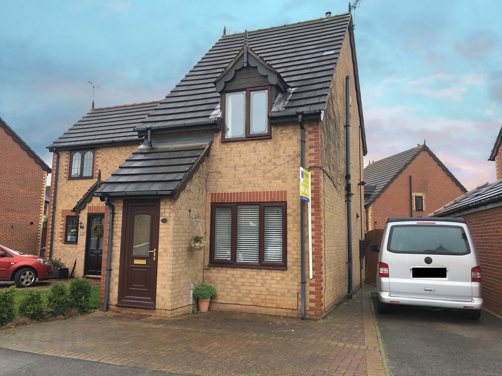 Fabulous two double bedroom semi detached home for sale in Edenthorpe, Doncaster, DN