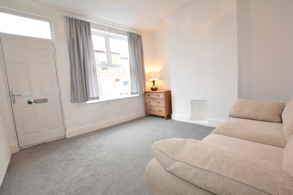 Mid Terrace Home for rent in Woodseats, Sheffield, S8
