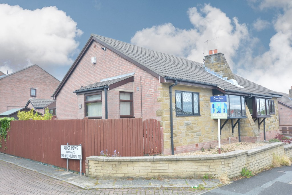 Semi Detached Bungalow for sale in Hoyland, Barnsley, S7
