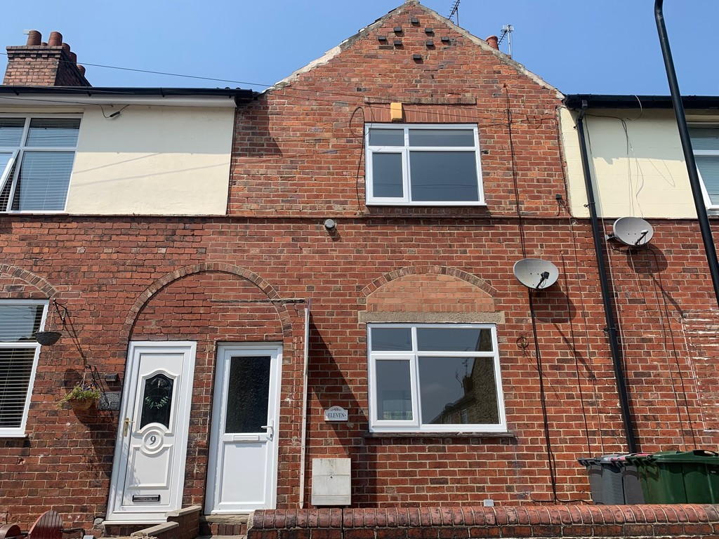 Three bedroom terraced property for sale in Kimberworth, Rotherham, S6