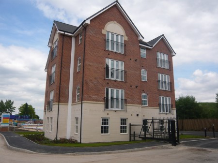 Two Bedroom Apartment for rent in , Pontefract, WF