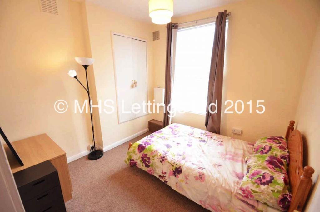 1st Floor Bedroom, 6 Haddon Avenue, Leeds, LS4 2JF