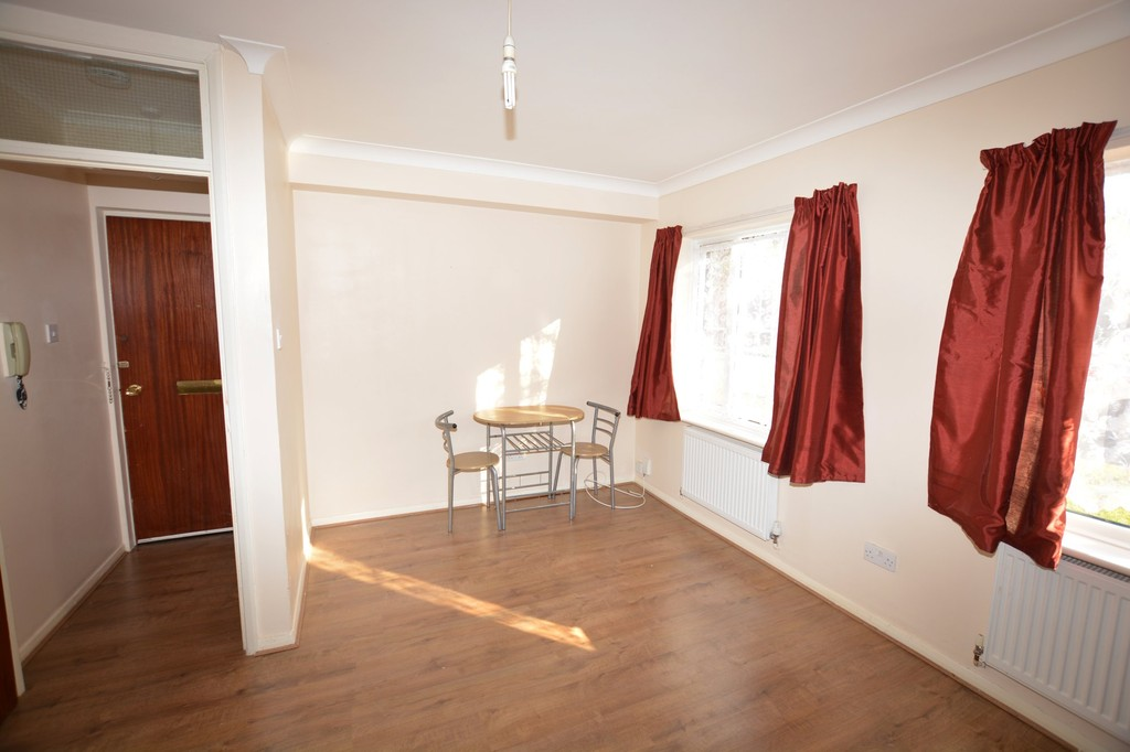 Flats And Apartments To Rent In South Harrow L2L655-520