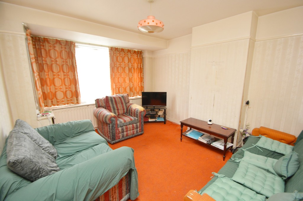 House To Rent In London L2L655-639