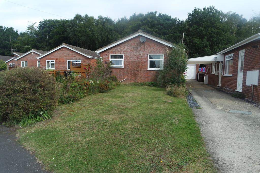 Cawstons Meadow,  Poringland,  Norwich,