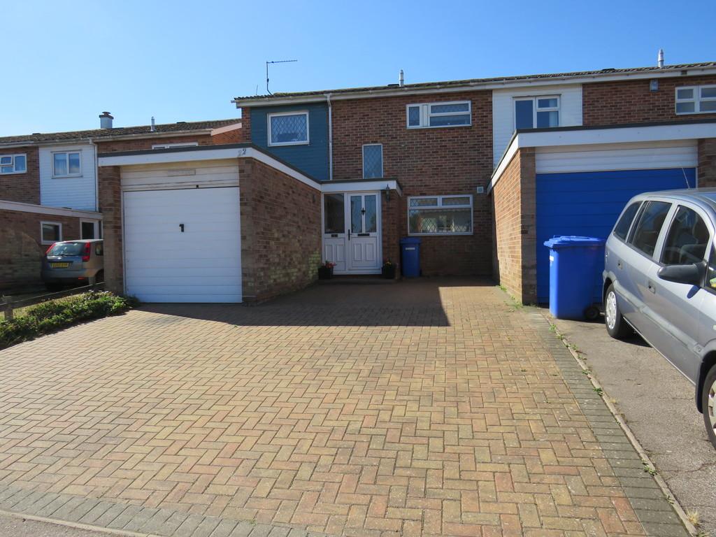 Dell Road East,  Lowestoft,  Suffolk,