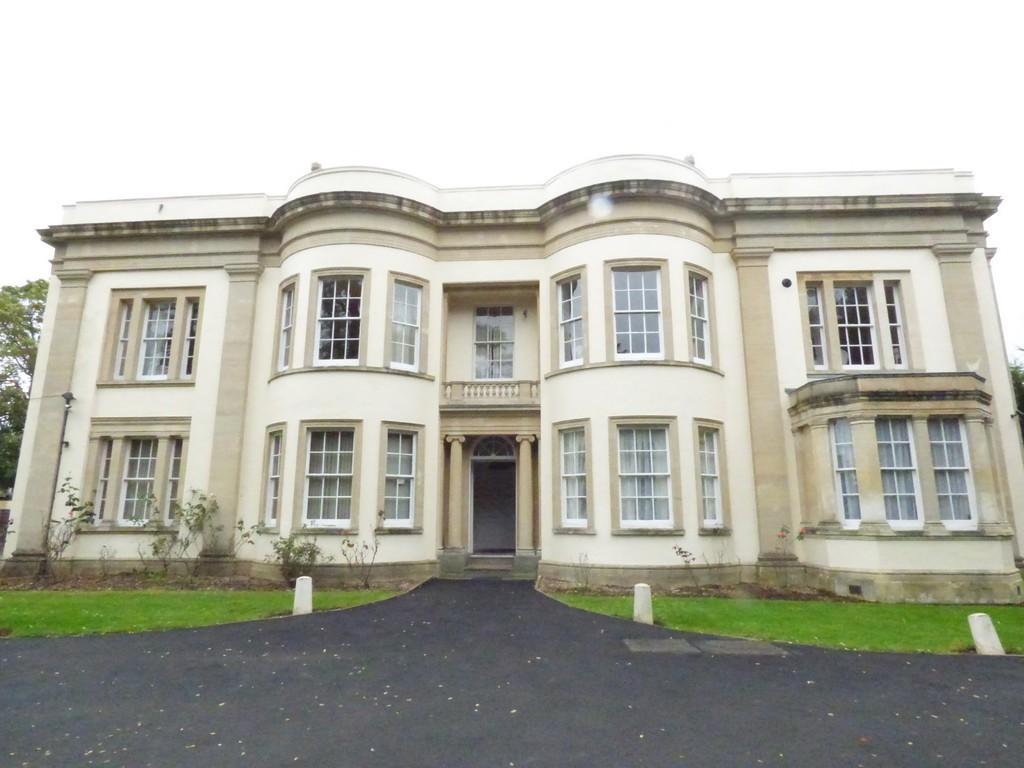 Cleevewood House, Cleeve Wood Road