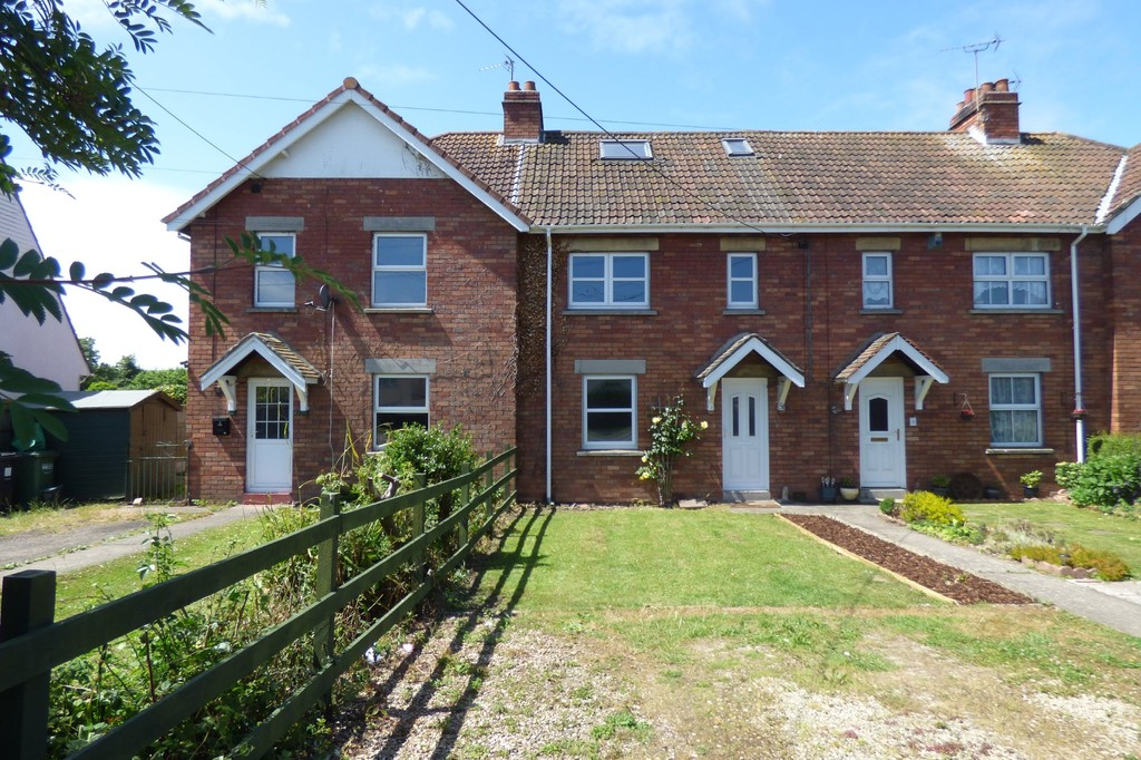 TO LET: Redwick Road, Pilning