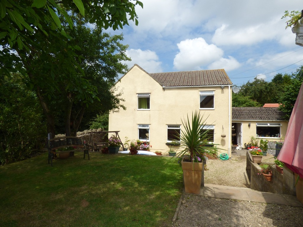 TO LET: Old Gloucester Road, Winterbourne